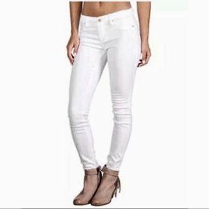 Kate Spade New York White Play Hooky Jeans. Sz 28.